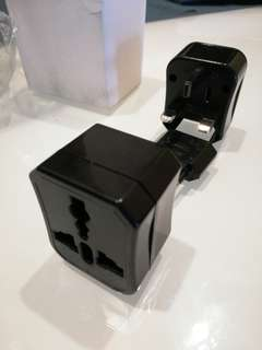 Universal traveller Adaptor (with CE marking)