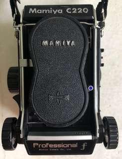 Mamiya C220 TLR