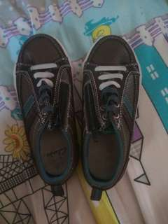 Clarks size 10.5G insole 17.2cm