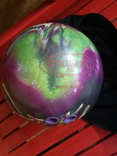 10-pin Columbia 300 Perfect Rival  Bowling Ball (includes bag)