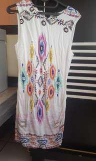 dress nyla putih