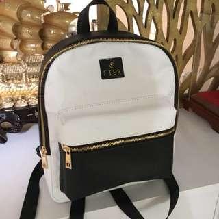 Mono Backpack