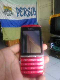 Nokia tipe 300 asha