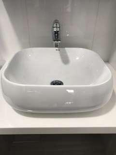 Roz - Used Wash basin for vanity TOP , sink
