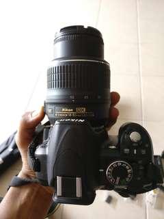 Nikon D3100 (Hardly used)