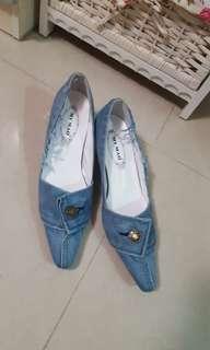 牛仔布 lower  heel