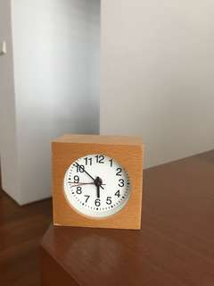 Muji table clock