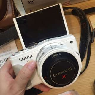 🚚 (來議價!要搬家,趕快買走!)Panasonic GF6 X鏡組 白色