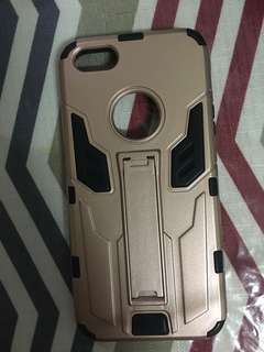 Pre-loved iPhone 5/5s casing
