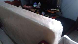 Bed baseboard