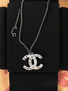 🚚 Authentic Chanel Logo Necklace