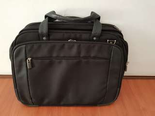 Kenneth Cole Laptop Bag (free shipping)