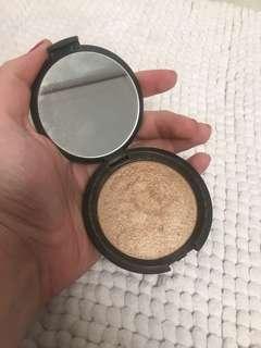 "BECCA Shimmering Skin Highlighter ""Opal"""