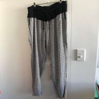Tigerlily Black and White Pants