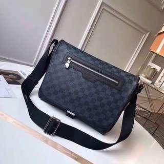 Louis vuitton matchpoint messenger bag for men