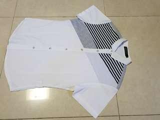 Kemeja Sheng jia motif putih dan berkaos