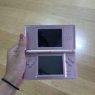 Nintendo DS Lite (Rose Gold)