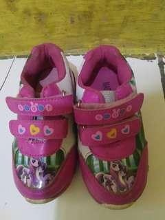 Sepatu my littel pony nyala