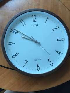 Wall Clock/牆上鐘