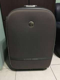 🚚 28寸行李箱 Nino 真品 authentic