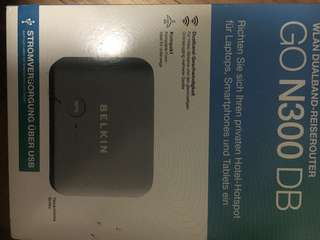 d Wireless Broadband Travel Router & Carry Case