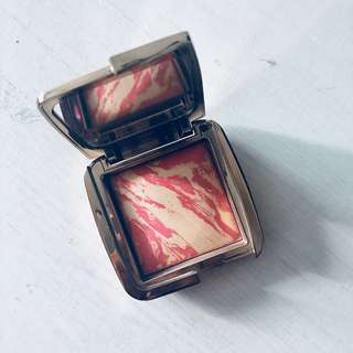 🚚 Hourglass ambient lighting blush in diffused heat