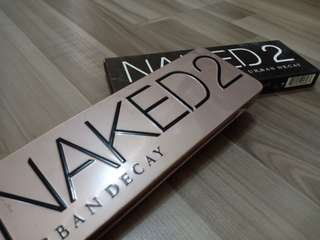 Naked 2 eyeshadow and for shading