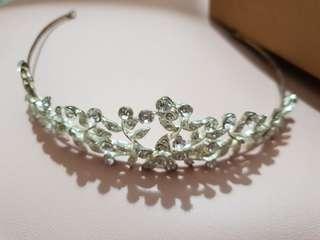 Princess/Bridal/Wedding/Flower Tiara Headband