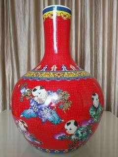 Qian Long large red flower vase