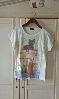 ⭐ Batwing White Cat Top Tshirt