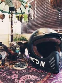 Custom motor helmet