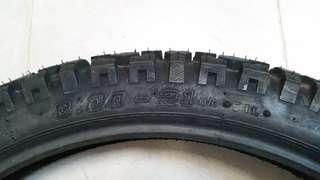 "18"" Dual-Purpose tyres"
