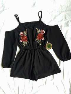 ❤ PRELOVED ❤ Black Floral Embroidered Romper