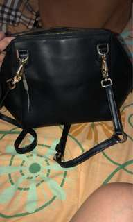 Charles n keith black sling bag