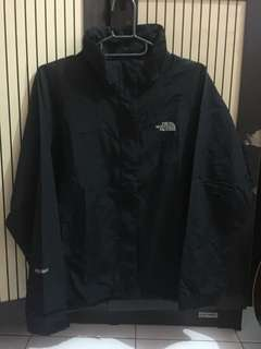 Jaket TNF hyvent