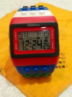 Lego 欵跳字錶