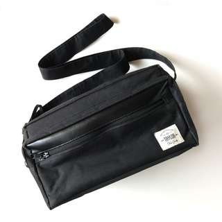 (TERMURAH) Tas Kamera TFG Taylor Fine Goods - Camera Bag 402 Black