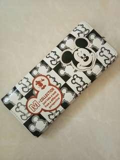 #openbarter dompet mickey hitam putih / black & white