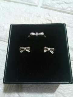 New: Pandora Sparkling Bow Stud Earrings and Ring