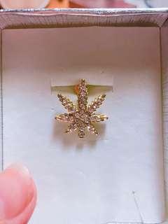 🚚 楓葉 金 耳環