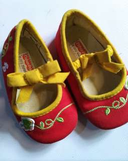 Fisher Price baby girl shoes