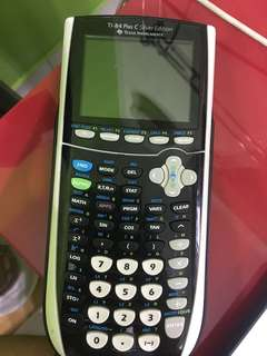 Graphic Calculator with wire included (price negotiable)