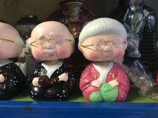 Wobble  head couple a pair for 160