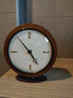 Table Clock Smiths 8 day winding clock