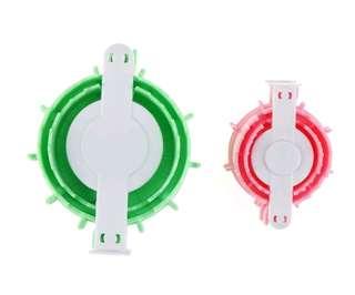 🚚 2 pieces set Heart shape pom pom maker