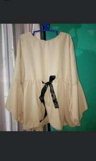Trumpet Asimetris Blouse / Tunik Hijab / Peplum Top / Choco Nude Peplum Blouse / Blouse Pita Choco / Blouse Lengan Terompet / Flare Top / Flare Shirt / Flare Blouse