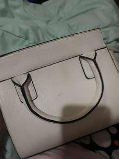 Stradivarius sling bag original