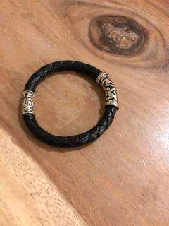 🚚 真皮純銀編織手環