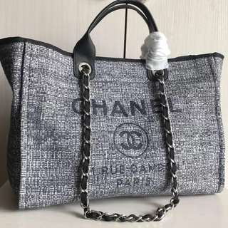 Chanel Large Canvas Tote Bag (Just look at the price without looking at quality.Please bypass,Tq)