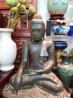 百年古铜佛 Antique Burmese Bronze Buddha.